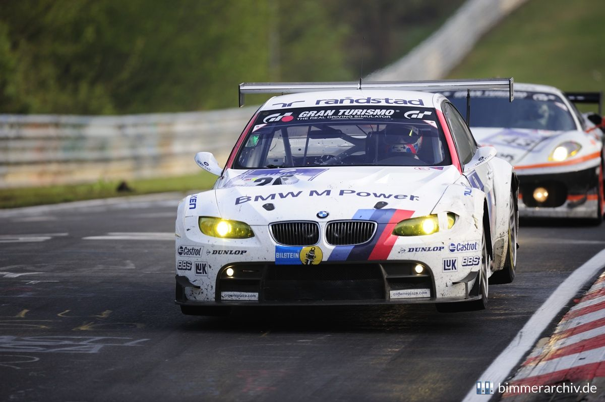 Team BMW Motorsport - BMW M3 GT2 - No 26