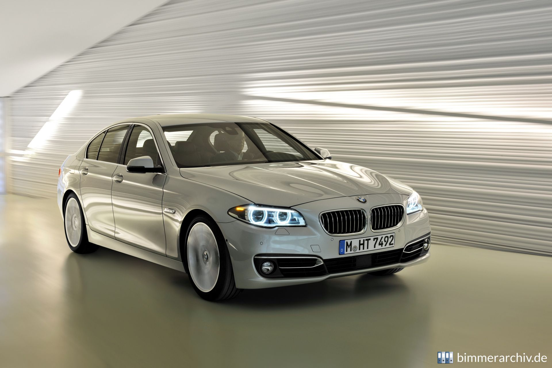 BMW 535i Luxury Line - Limousine
