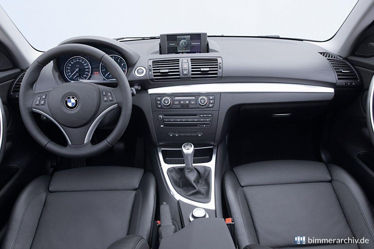Baureihenarchiv für BMW Fahrzeuge · BMW 135i Coupé - Interieur ...