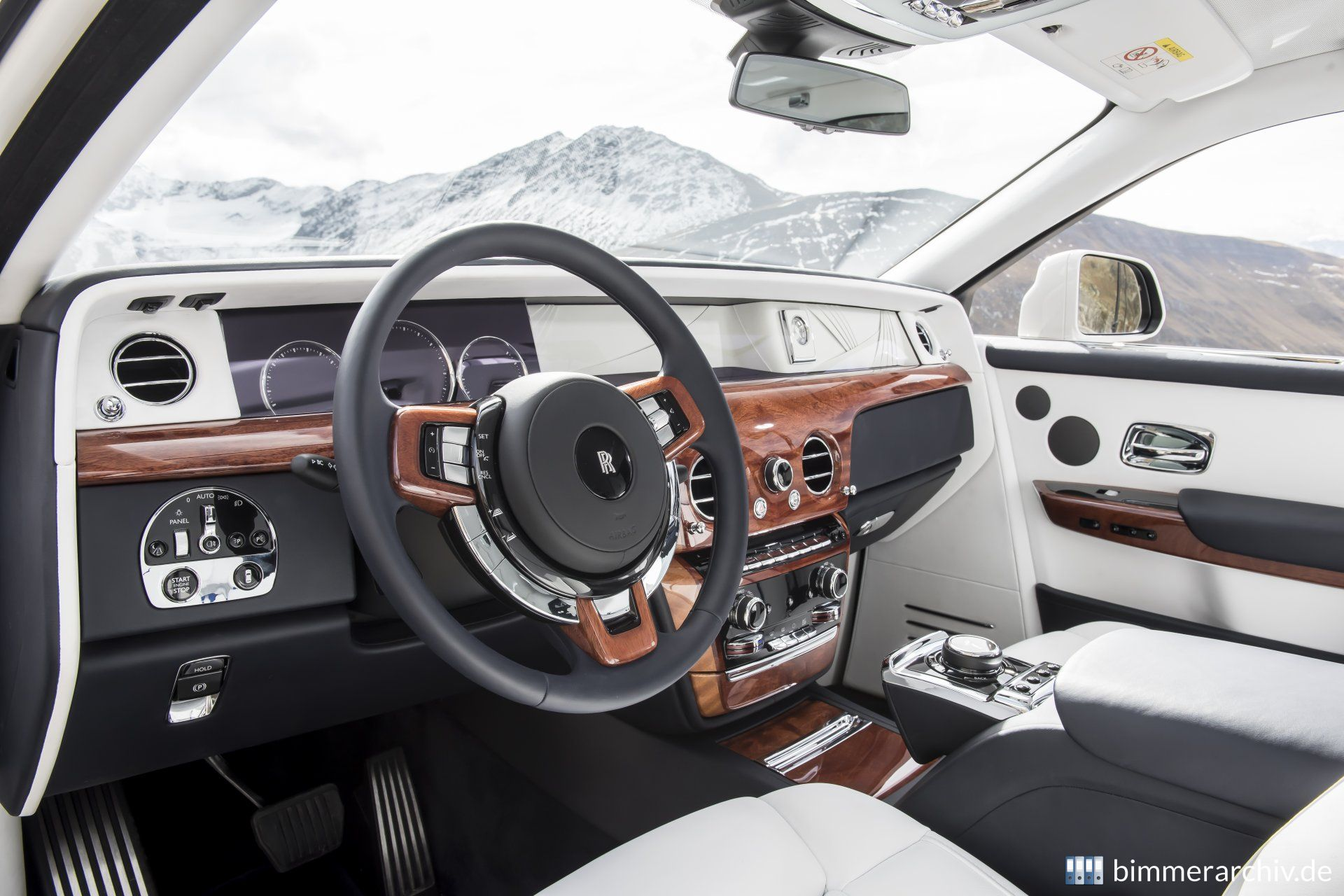 Baureihenarchiv F R Bmw Fahrzeuge Rolls Royce Phantom Viii
