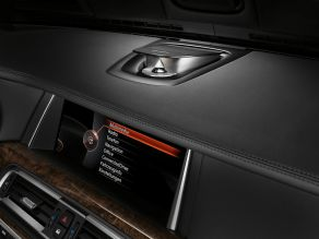 BMW 7er: Bang & Olufsen High End Surround Sound System