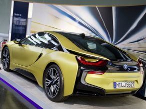 BMW i8 - Protonic Frozen Yellow Edition