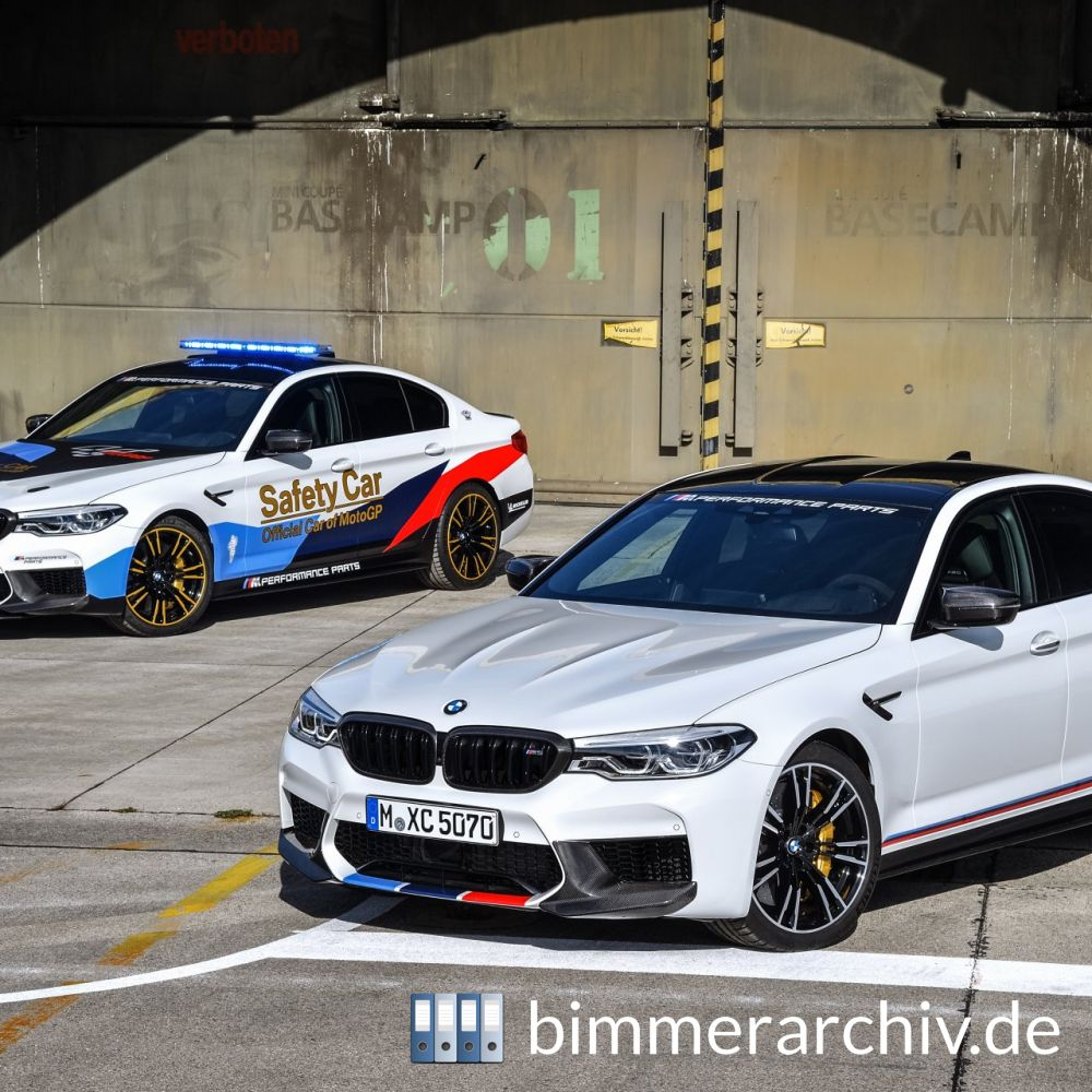 baureihenarchiv f r bmw fahrzeuge bmw m5 mit bmw m. Black Bedroom Furniture Sets. Home Design Ideas