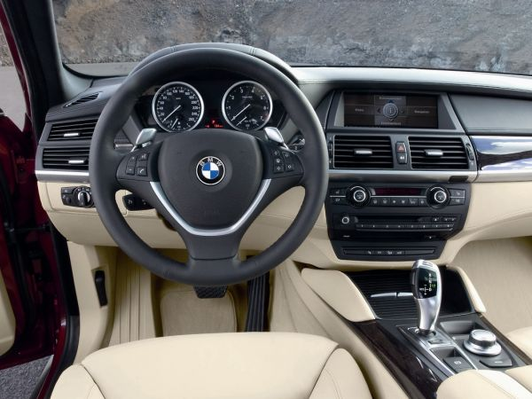 BMW X6 Xdrive 50i - Cockpit