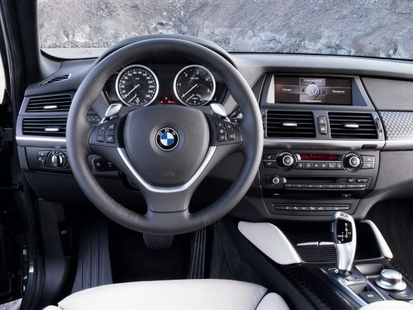 BMW X6 Xdrive 35d - Cockpit