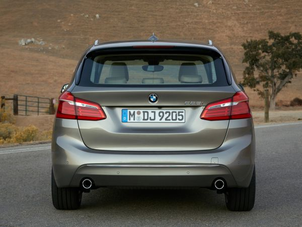 BMW 225i Active Tourer - Luxury Line