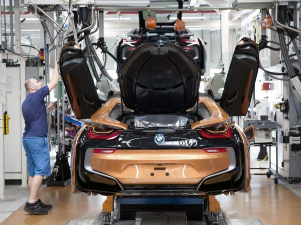 Produktion BMW i8 Roadster im BMW Group Werk Leipzig