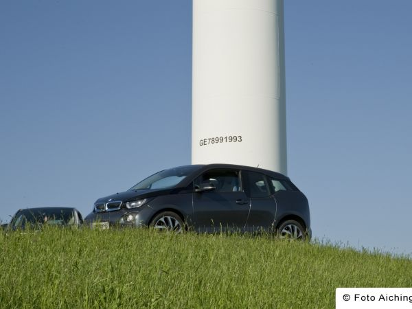 BMW i3 scavenger hunt