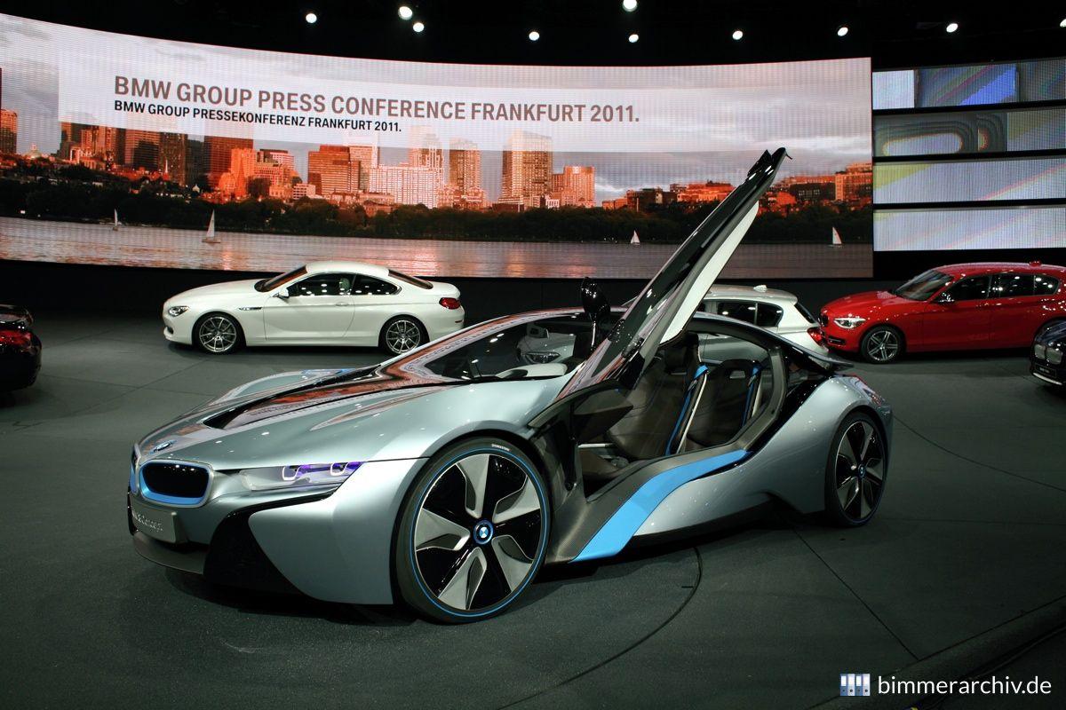 Model Archive for BMW models · BMW i8 Concept · bmwarchive.org