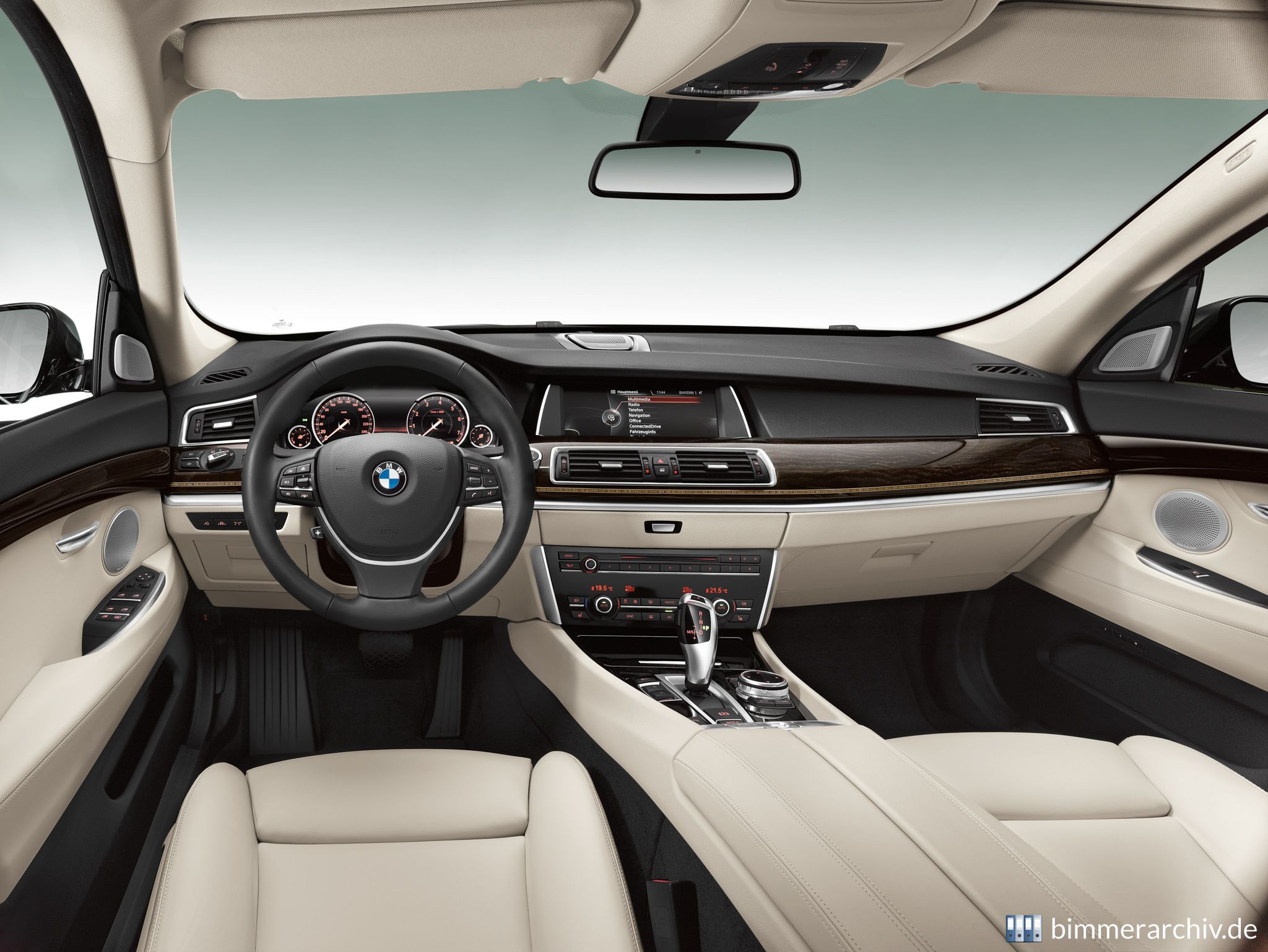 Model Archive For Bmw Models Bmw 5 Series Gran Turismo Luxury