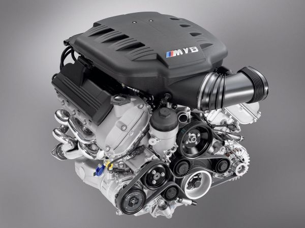 V8-Engine of the BMW M3