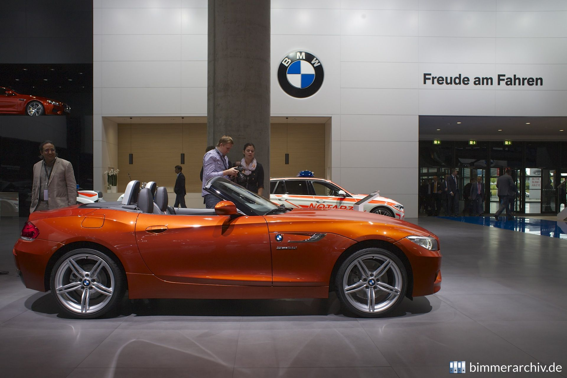 Bmw Model Archive 183 Bmw Z4 Sdrive 28i 183 Bmwarchive Org