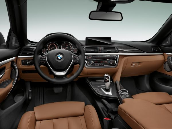 BMW 4 Series Convertible - Luxury Line