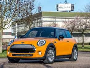 Contract manufacturing of the MINI at VDL Nedcar in Born
