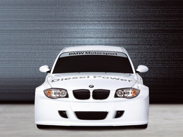 BMW 120d Customer Racing
