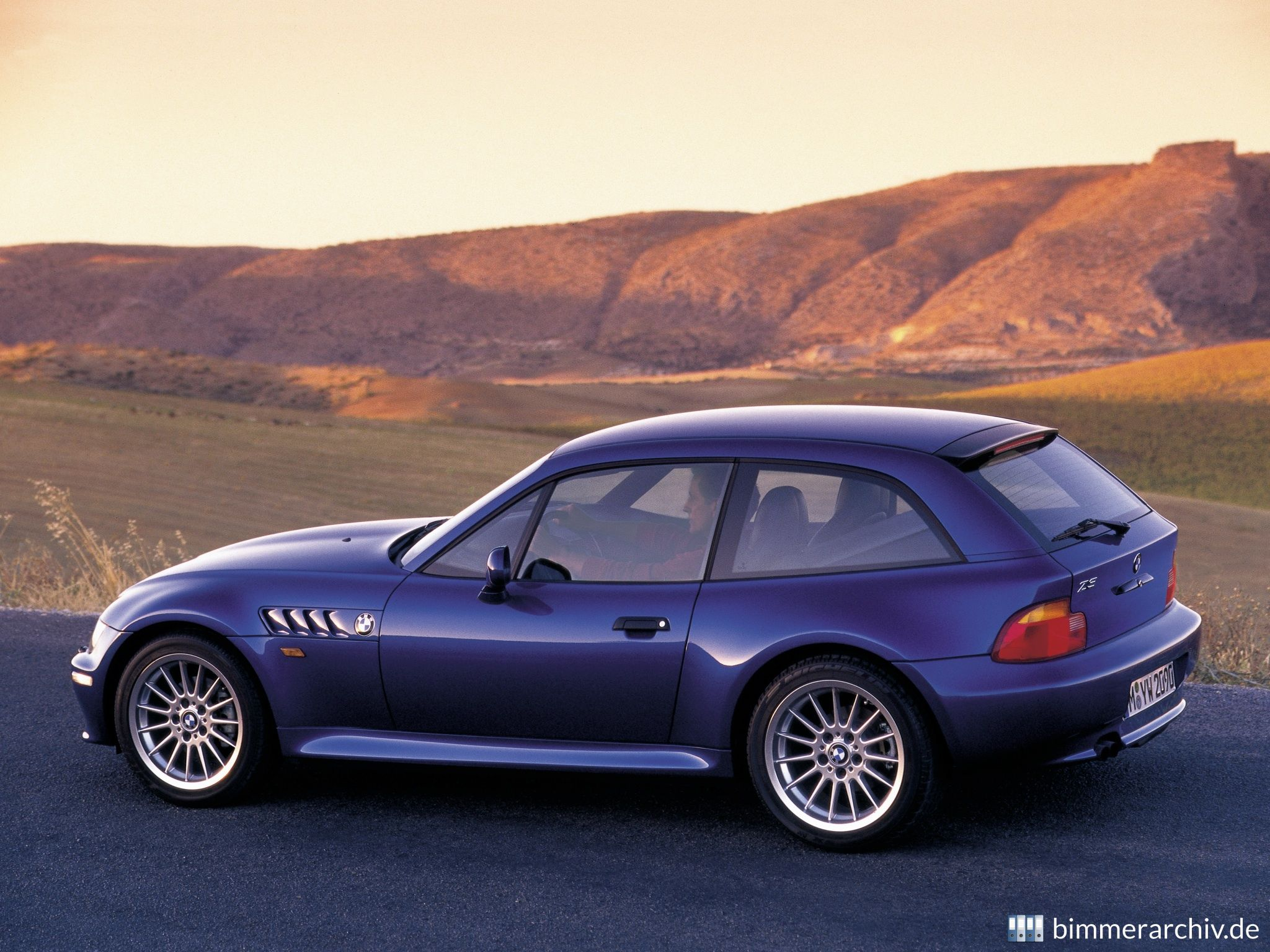 Model Archive For Bmw Models Bmw Z3 Coupe 2 8 Bmwarchive Org