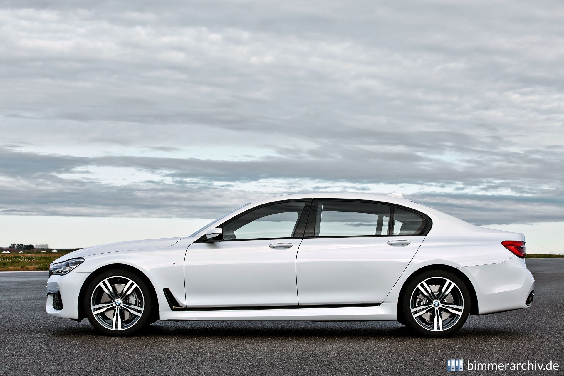 Model Archive for BMW models · BMW 750Li xDrive - M Sport Package ...