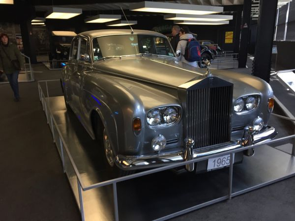 rolls-royce-silver-cloud-3