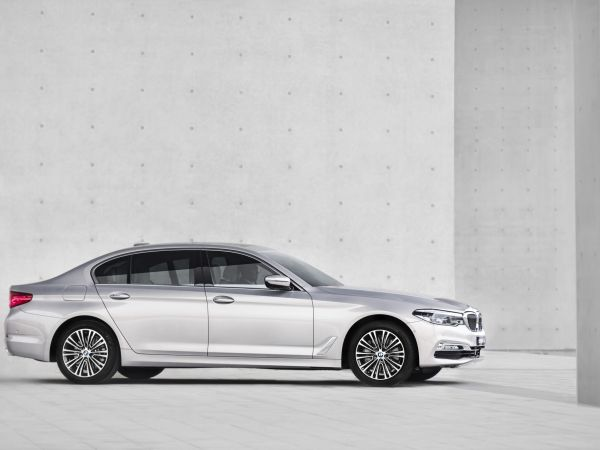 BMW 5 Series Sedan - Chinese Long Wheelbase