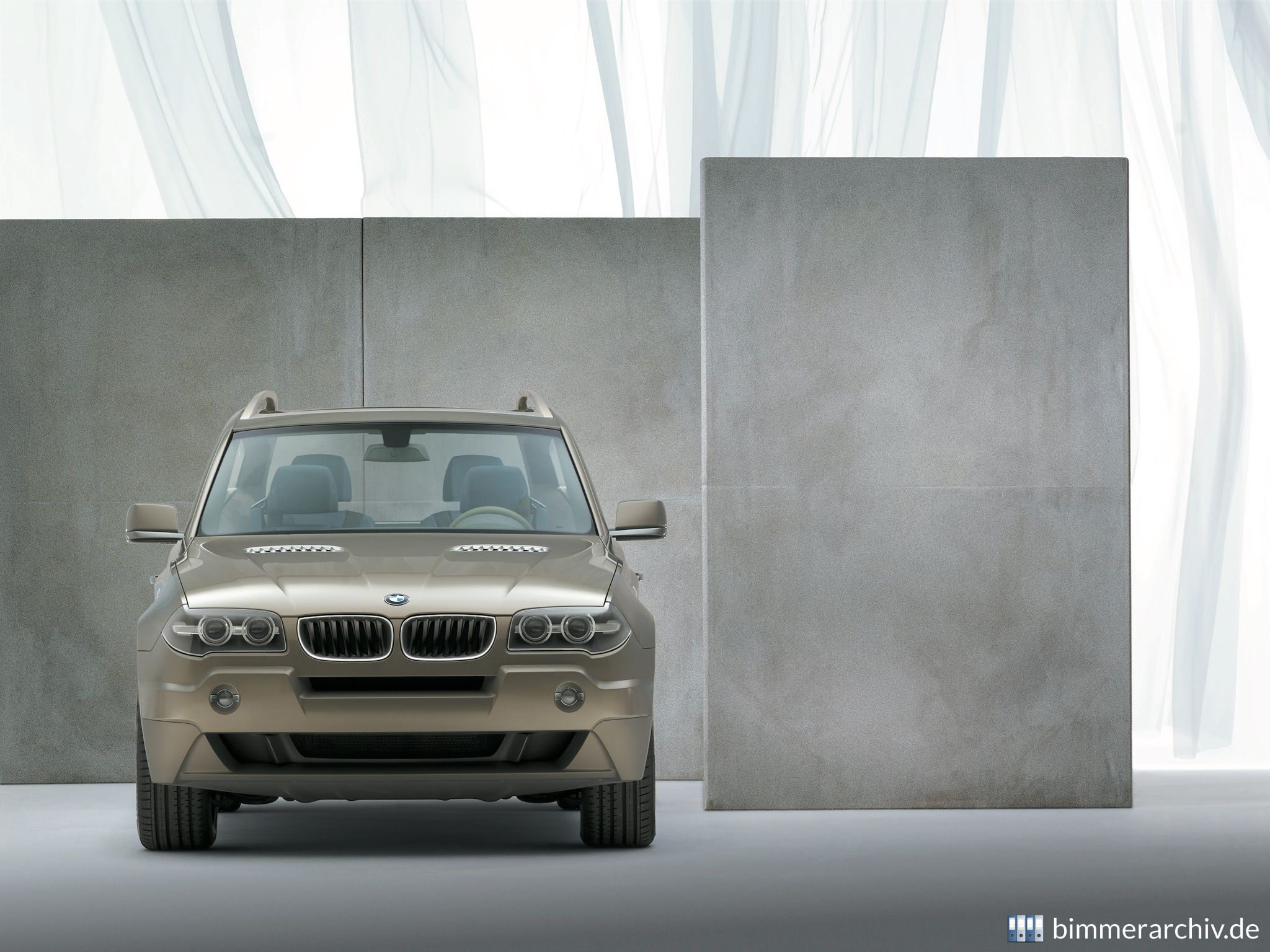 Model Archive for BMW models · BMW xActivity · bmwarchive.org
