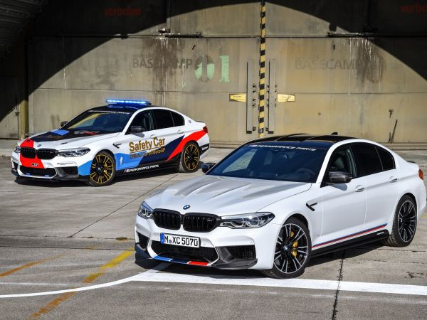 BMW M5 with BMW M Performance Parts