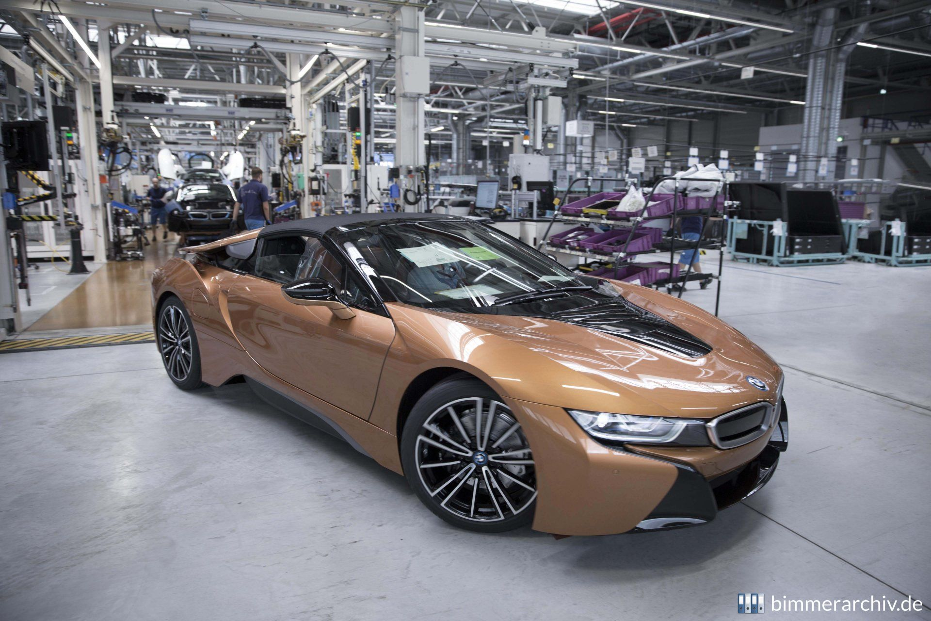 Production BMW i8 Roadster in the BMW Group Plant Leipzig