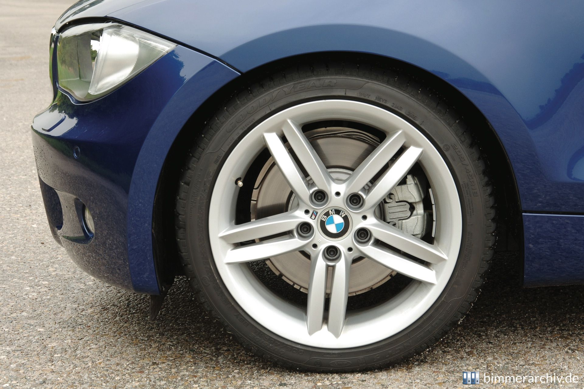 Model Archive for BMW models · BMW 130i with M Sports Package ...
