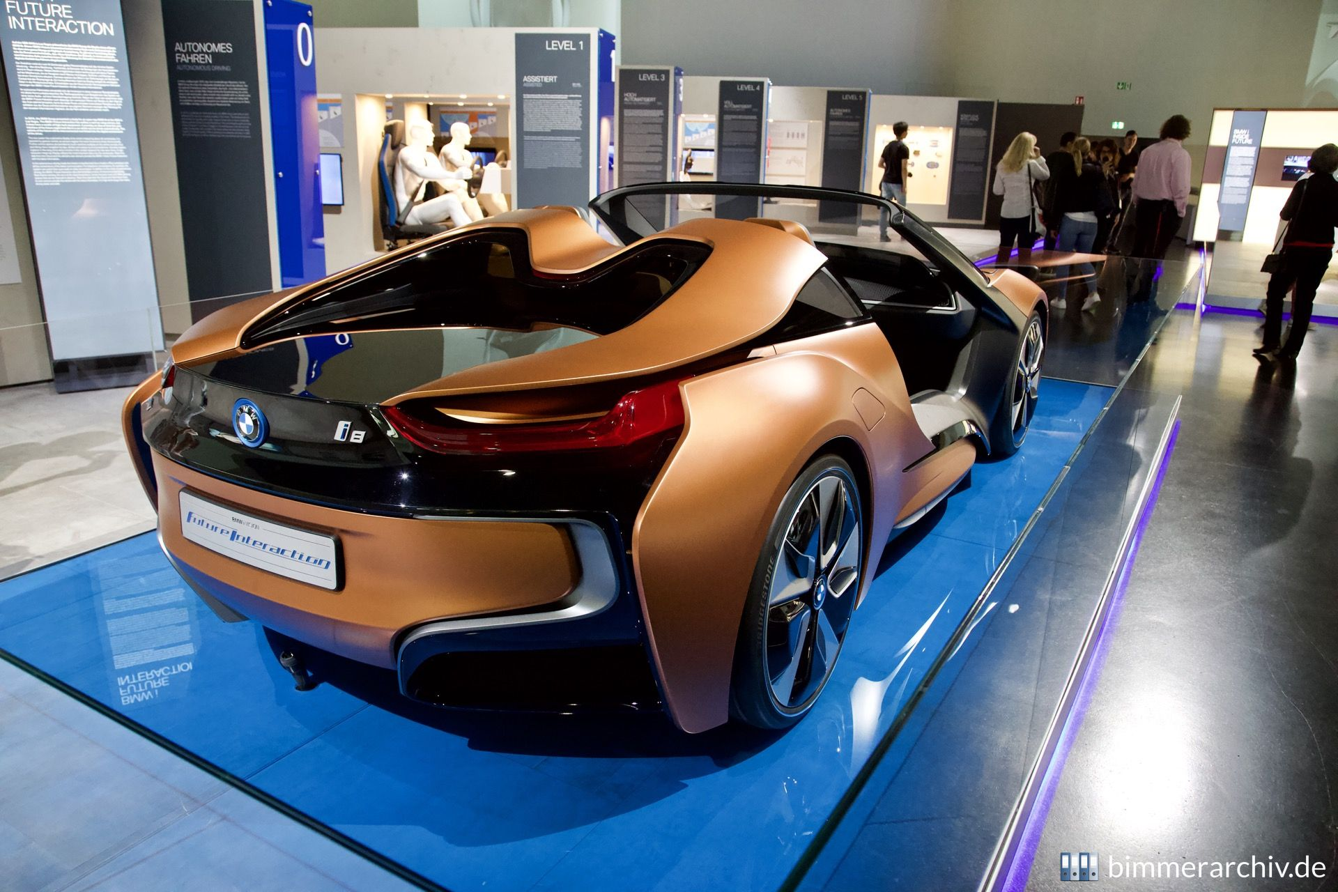 BMW i Vision Future Interaction
